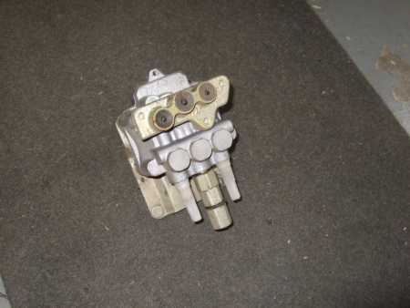 Ford Escort Cosworth ABS brake valve unit new
