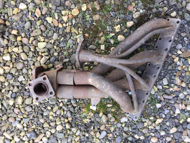 GPB RS200 exhaust manifold with collector section