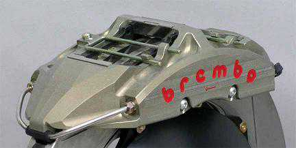 Escort WRC 8 pot brembo brake calipers