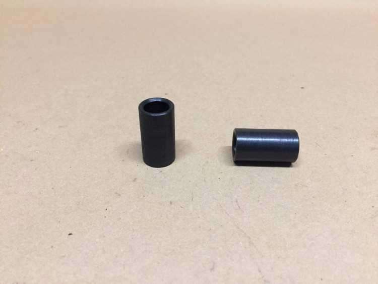 Sierra front alloy upright to steering arm dowel