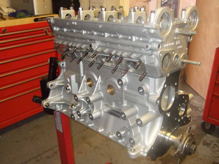 Cosworth engine building service